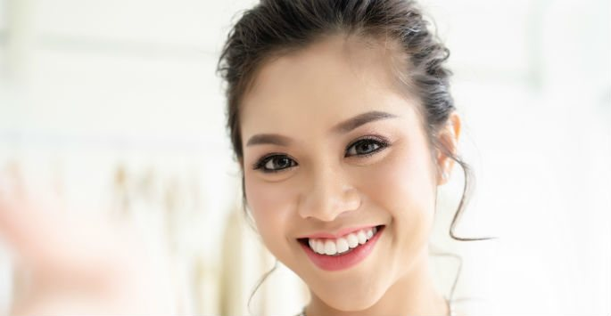 Fight Aging Skin with a HydraFacial